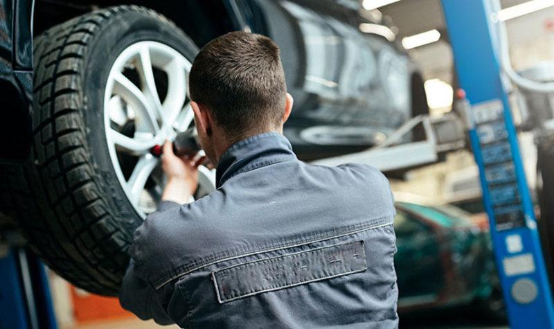 Arī auto bijis pašizolācijā? Kā parūpēties par savu spēkratu pēc dīkstāves?