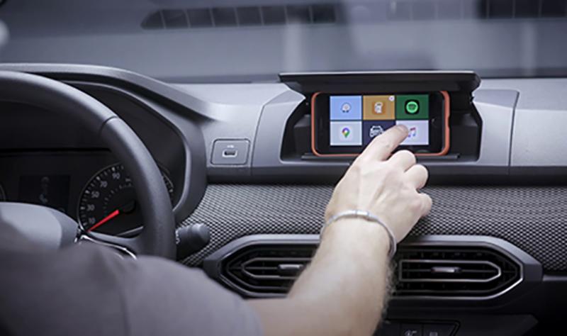 Stāsts: jaunais Dacia Sandero – viedtālrunis kā automašīnas multivides ekrāns